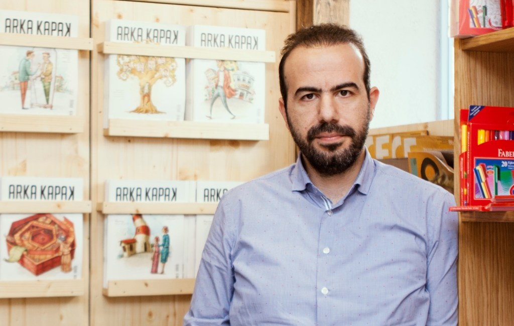 Mehmet Ali Çalışkan – Yayıncı, Arka Kapak Dergi.