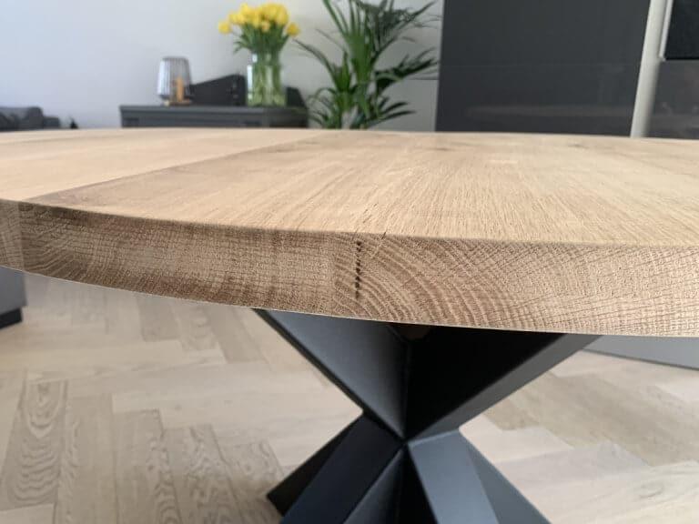 eikenhoutentafel rond spin-detail
