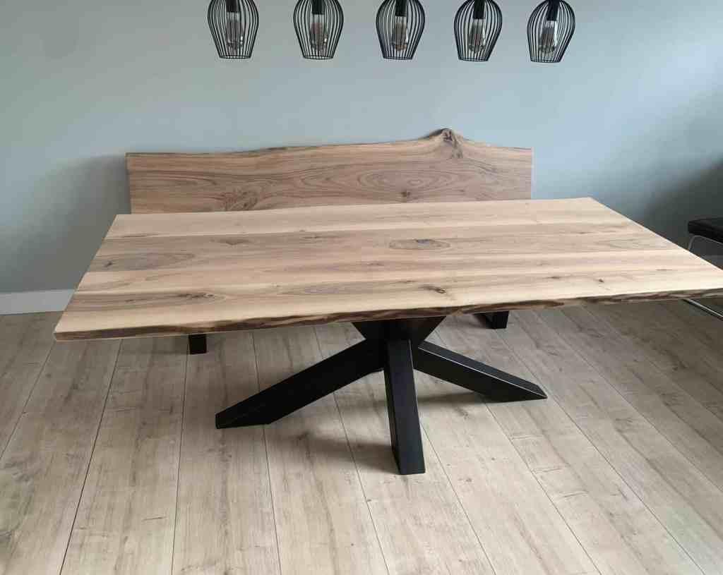 Walnoten tafel – zwarte spinpoot