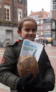 groningen-centrum-waagplein-voederbieten-lampionnen-1