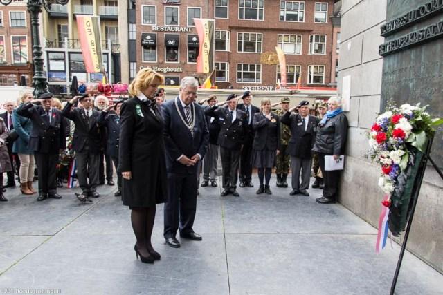 nederland 2014, groningen, centrum, dodenherdenking, grote markt