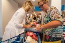 ggemeenteraad Groningen kooptin voor voedselbank 2014-joshuakeller-1326