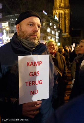 Fakkeloptocht tegen gaswinning-2878