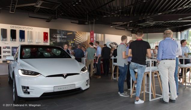TeslaStore Groningen-7610