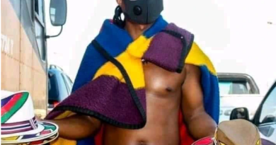 Have a look at what the Ndebele man was wearing underneath the blanket, is it inappropriate?