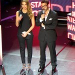 Jessica Alba and Jeremy Piven at the Social Star Awards 2013