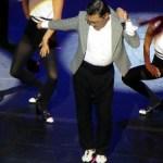 Psy at the Social Star Awards 2013
