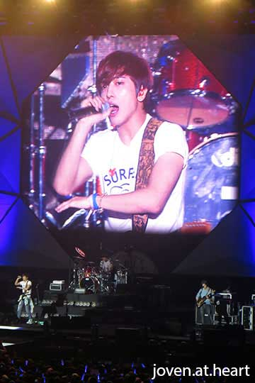 CN Blue Can't Stop Singapore 2014 -- Yonghwa