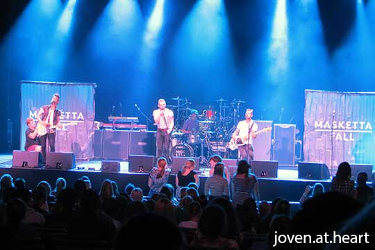 Masketta Fall opening for McBusted in Palais Theatre Melbourne 2015