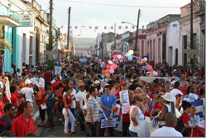 desfile trabajador cubano