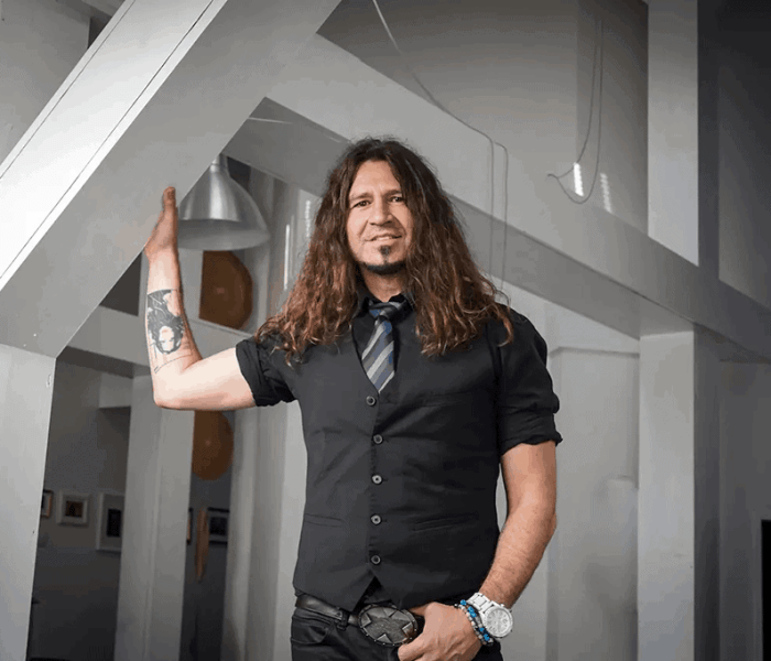 American musician Phil X: Guitar can tell a story