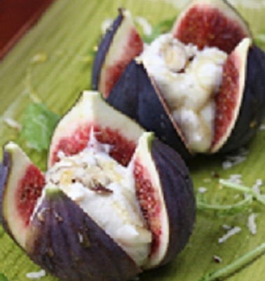 Figs with honey cheese and nuts