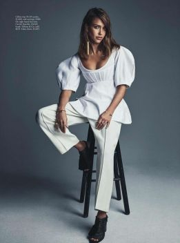 jessica-alba-vogue-magazime-australia-february-2016-issue-8