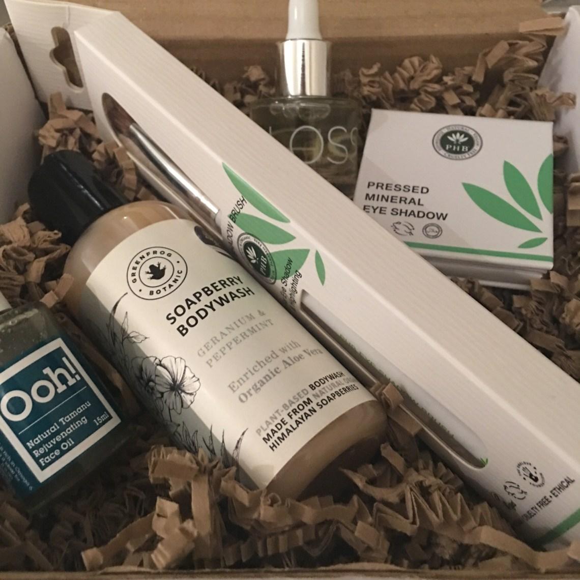LoveLula Beauty Box - October 2017