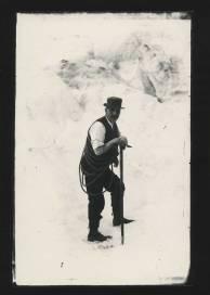 PH-CNEG-B11995-snow