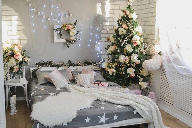 Comment décorer la chambre pour la nouvelle année 2021: Les meilleures idées de la décoration du nouvel an 2