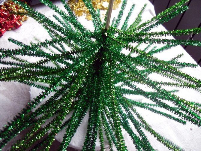 How to make a big Christmas tree with your own hands: ideas and master classes 4