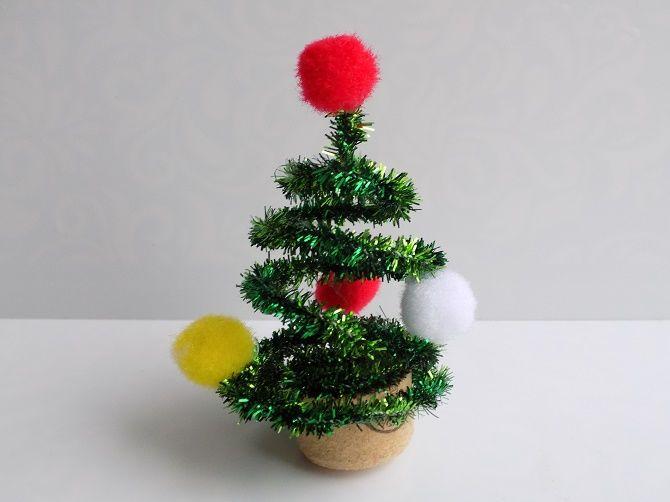 Cum de a face un copac de Crăciun de sârmă neobișnuit pentru Anul Nou 2021: idei cool cu fotografie 10