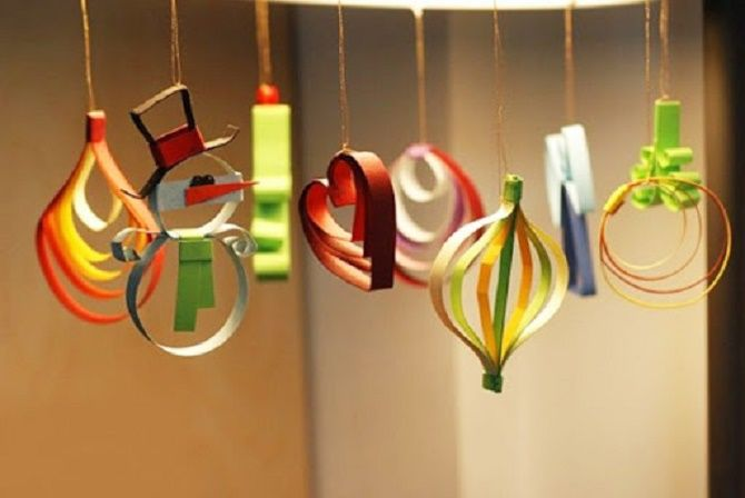 Mainan Krismas yang cantik dan luar biasa dari kertas - bagaimana untuk membuat tangan anda sendiri 27