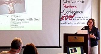 Keynote speaker Pat Gohn wows CWGLive on Perseverance (photo by Nancy Ward)