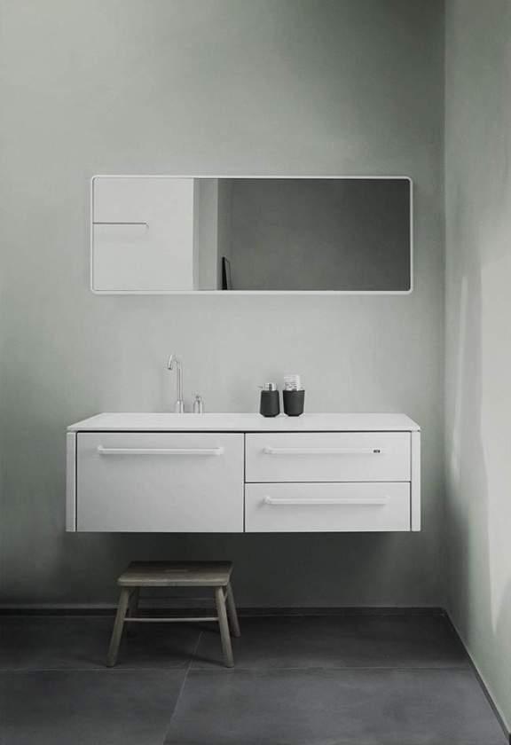vipp_mirror_bathroom01_low