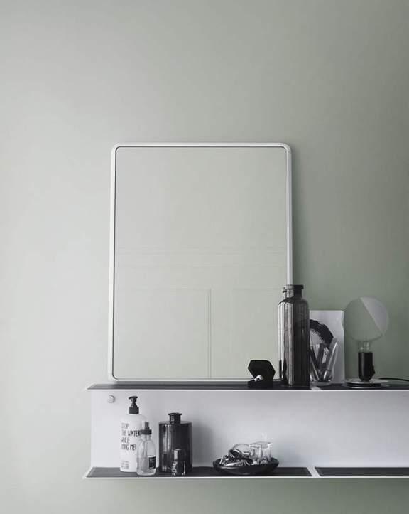 vipp_mirror_bathroom02_low