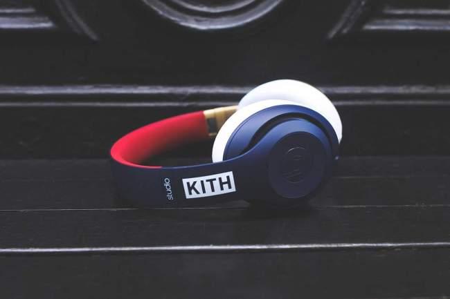 KITH x BEATS BY DRE STUDIO headphones-pill-2-0-speaker-2