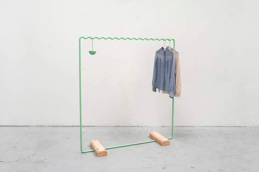 SINE COLLECTION - Portant Vêtement design by OLOVSSON & CHO