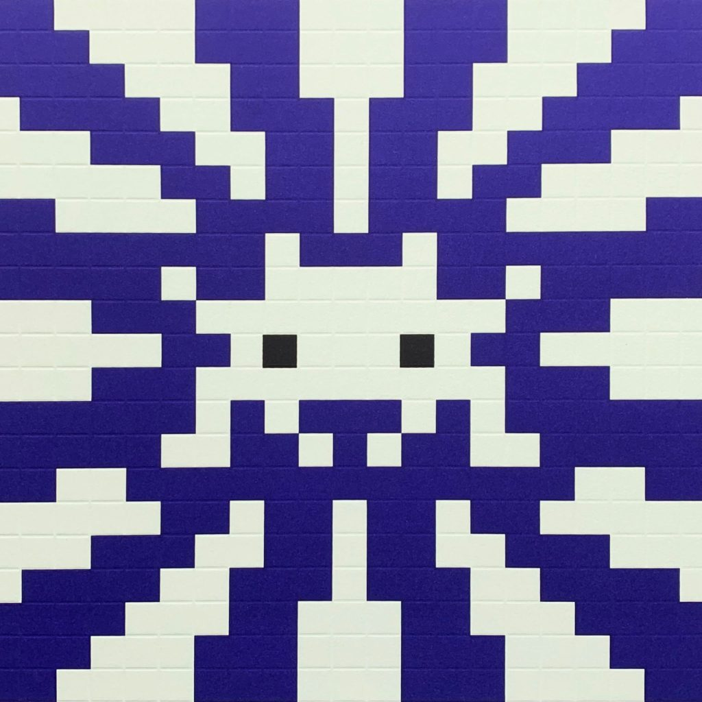 mosaïque bleue space invader artiste Invader