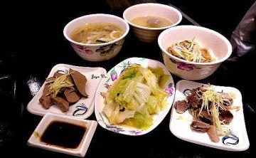 [台式。小吃] 羊城 台灣小吃 。 原址:明耀百貨地下街 (東區) 四訪 ♥ JoyceWu。食記