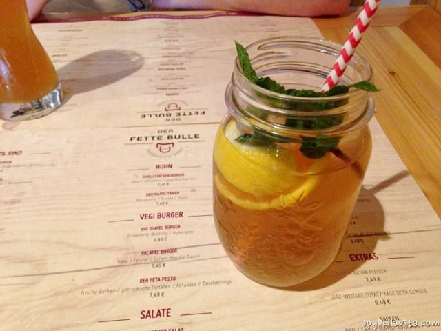 Ice Tea at Der Fette Bulle Frankfurt