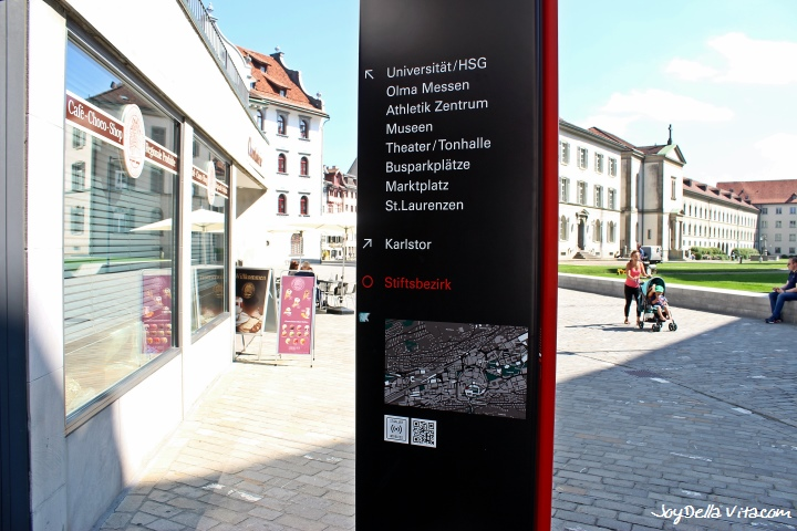 On the bottom left: sign for Free St. Gallen Wireless WiFi