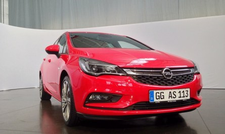 Opel Astra K Red