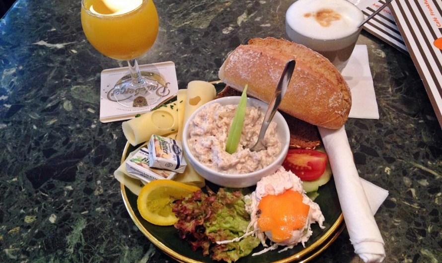 Breakfast in Frankfurt at Cafe Karin