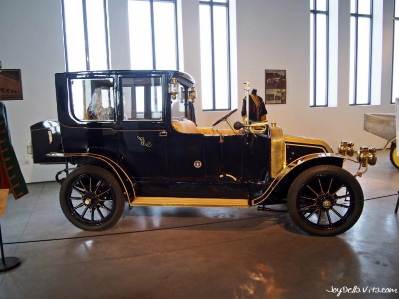 Automobile Museum Museo Automovilístico de Málaga in Malaga_JoyDellaVita