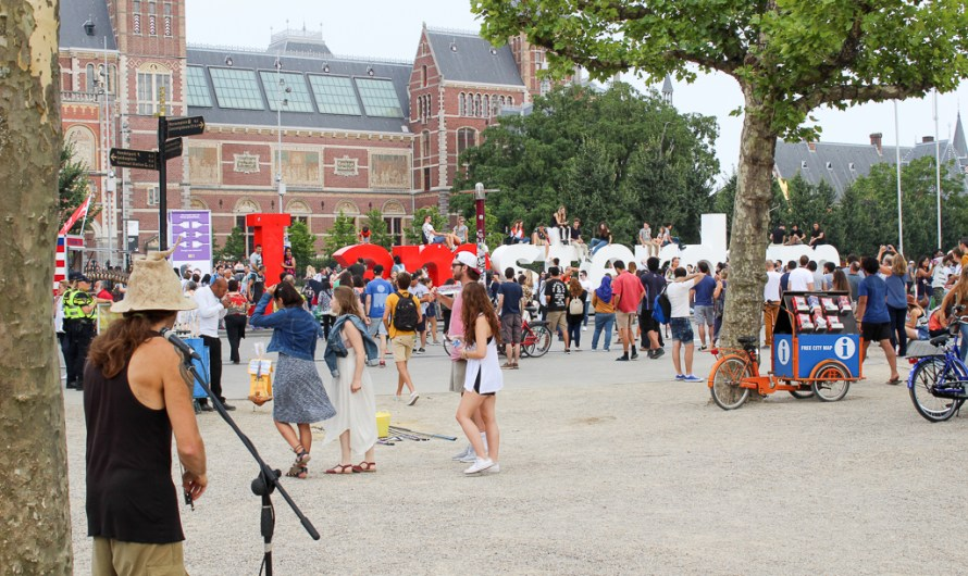 Travel Diary: Museumplein Amsterdam (Museum Square and i amsterdam sign)