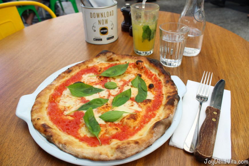 Jamie's Italian Super Lunch - 2nd Course - Pizza Margherita