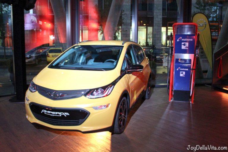 Electric Car with 500 km Range, Opel Ampera-E