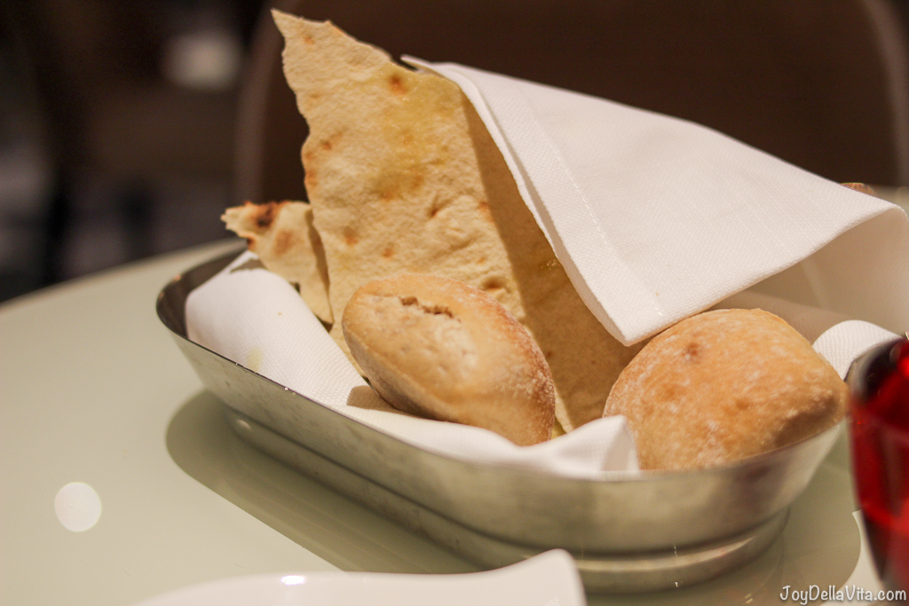 Bread Basket Hotel Restaurant NH Collection Roma Palazzo Cinquecento