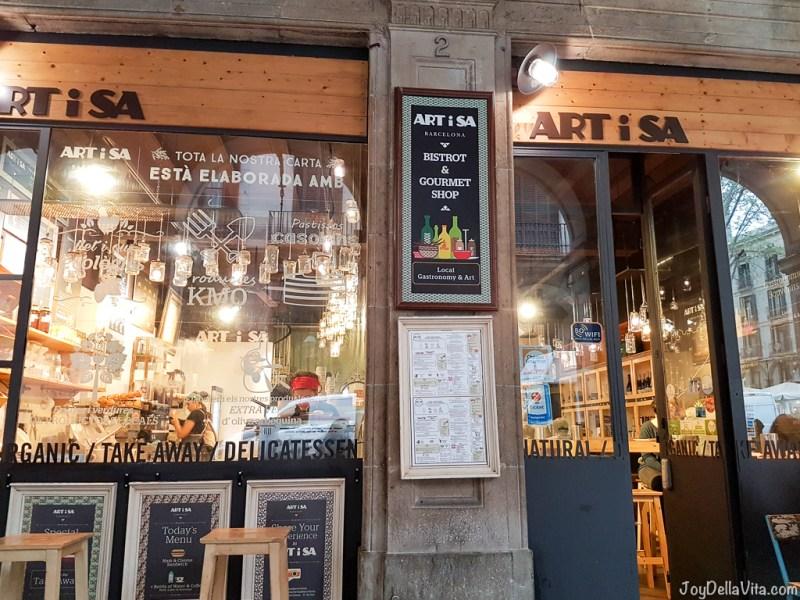 ARTiSA near Plaza Real de Barcelona