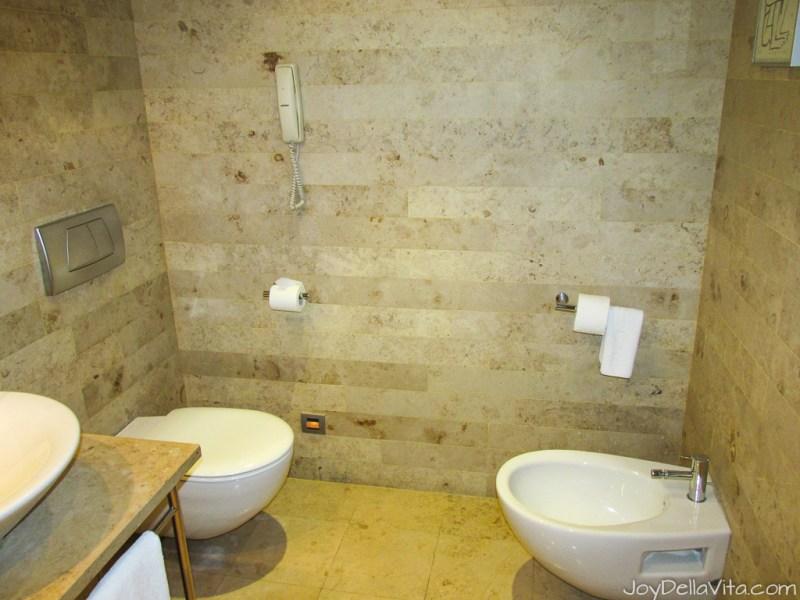 bathroom Silken Gran Hotel Domine Bilbao Travel Blog JoyDellaVita