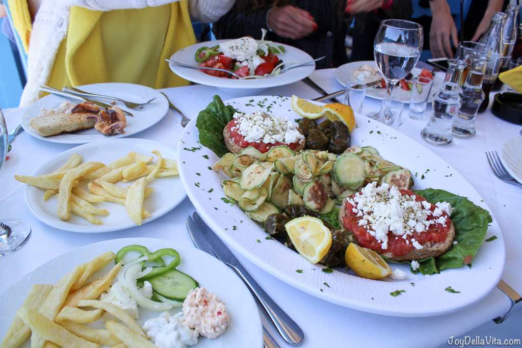 Vegetarian Options at Restaurant Giorgos Tavern Plaka Crete -  Travelblog JoyDellaVita.com