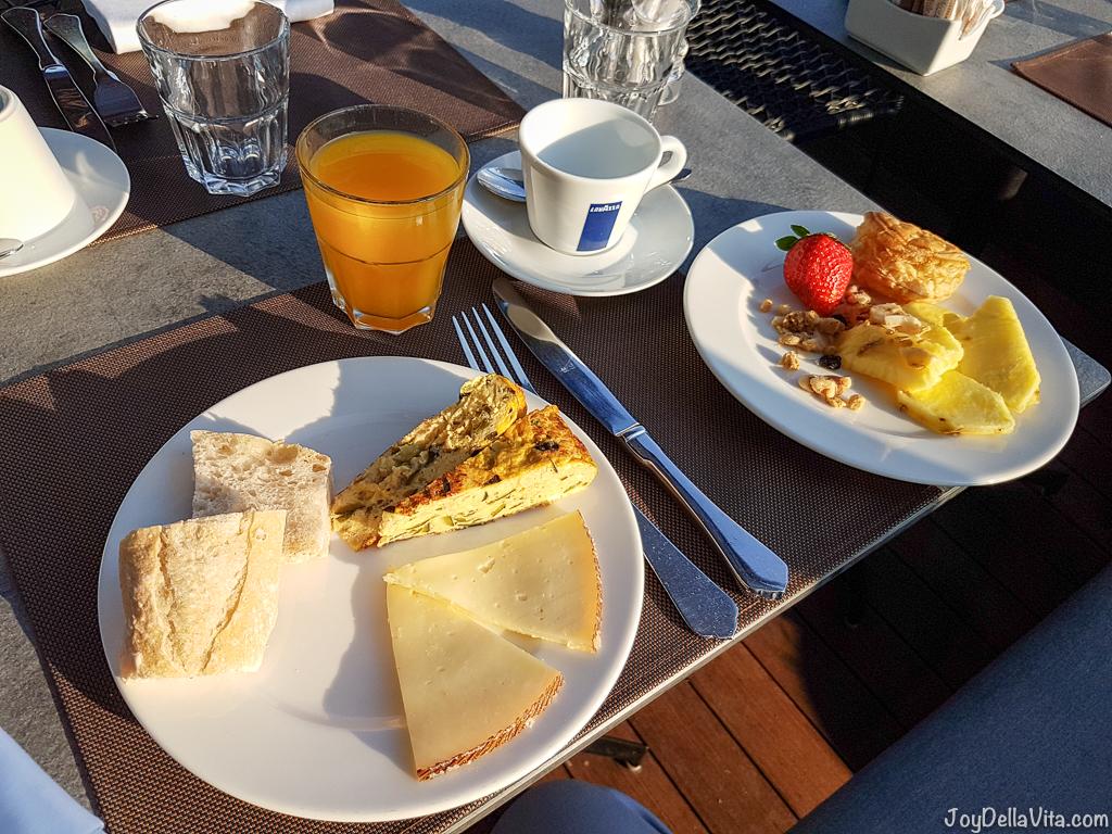 Breakfast W Hotel Barcelona - JoyDellaVita.com