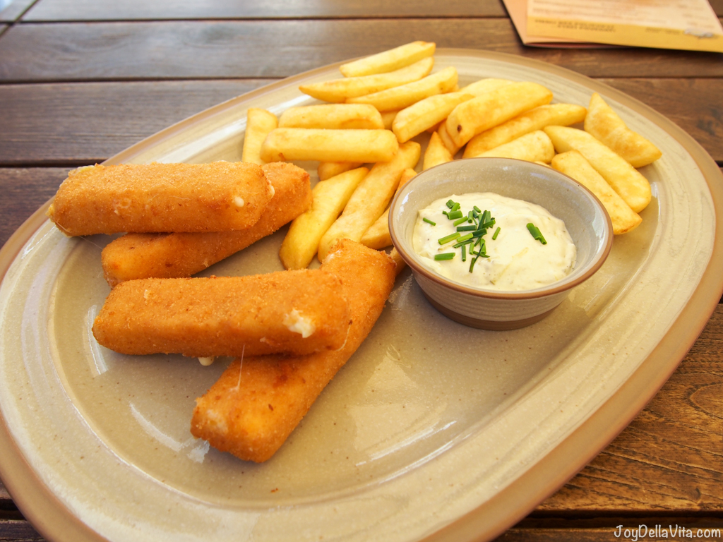 Classic fried cheese for 7,79€, with deep-fried gouda cheese, homemade tartar sauce and fries - Restaurant Venturska Klubovna in Bratislava -  JoyDellaVita.com