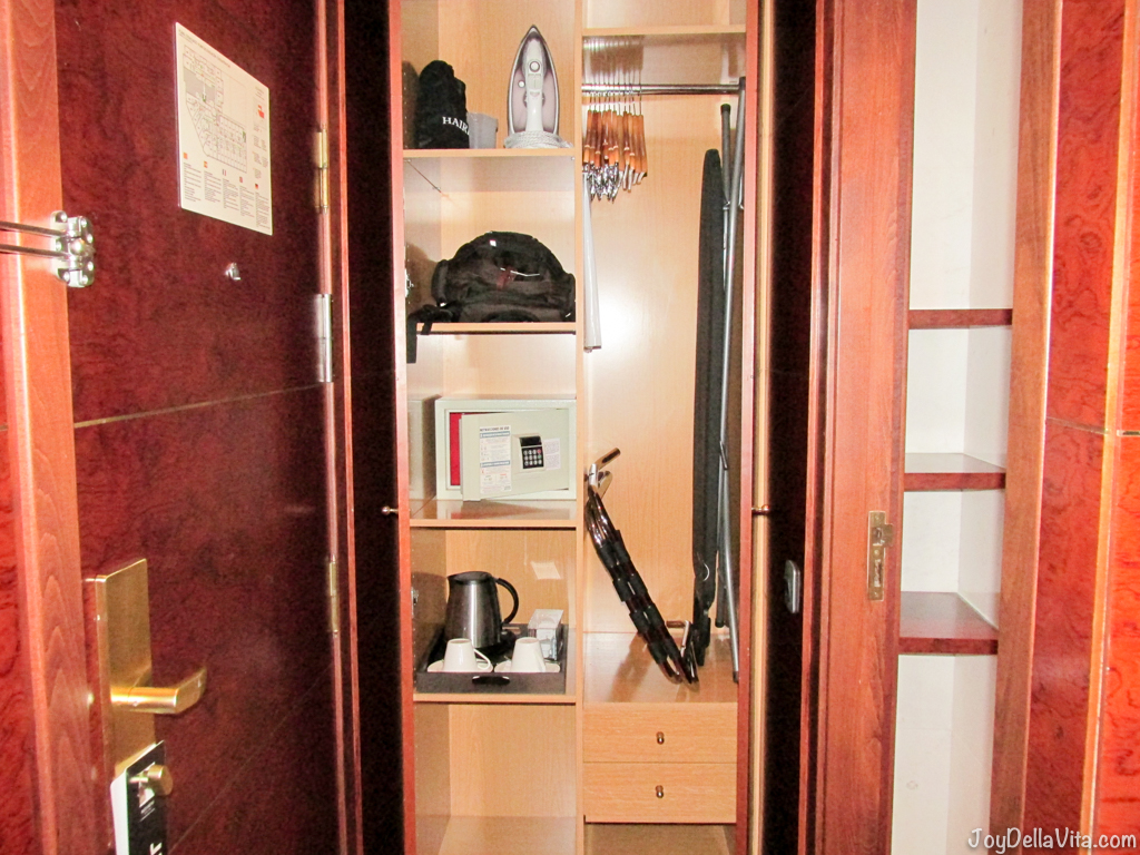 closet with kettle, safe, ironing board and more at Alexandra Hotel Barcelona Doubletree Hilton Travel Blog JoyDellaVita.com
