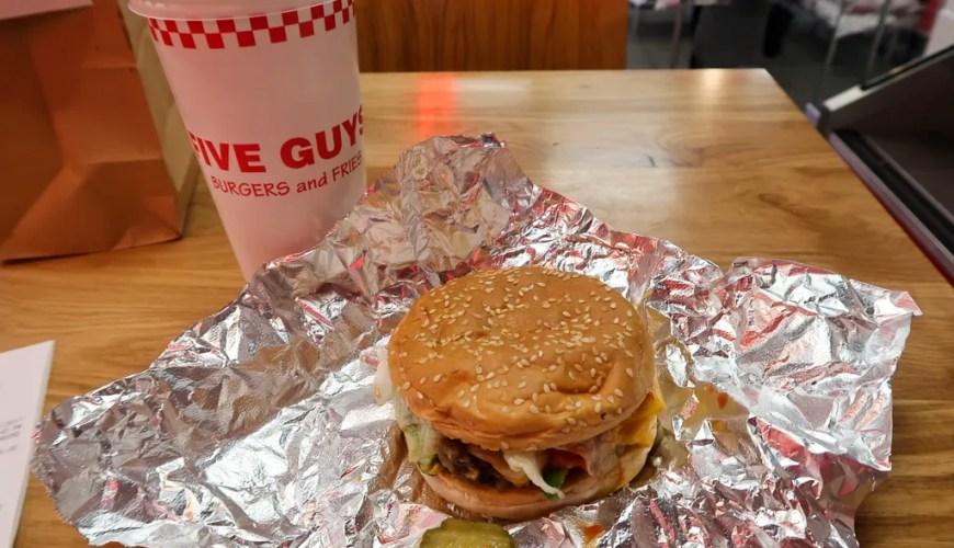 Cheese Veggie Sandwich Fromage Burger Five Guys Paris Travel Blog JoyDellaVita