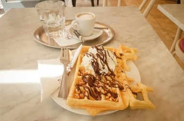 Dulce Chocolate & Icecream Waffle Cologne Willy-Millowitsch-Platz
