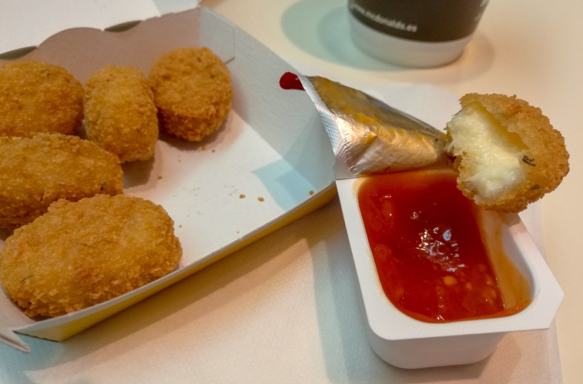 Cheesy Bites Vegetarian Nuggets by McDonald's Spain