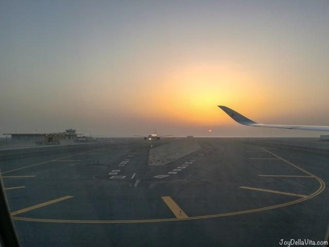 Qatar Airways Boeing 787 Dreamliner Touchdown Doha