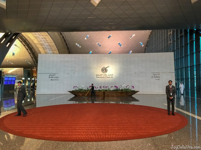Hamad International Airport Doha Qatar Airways Terminal Premium Check-in Business Al Mourjan First Al Safwa